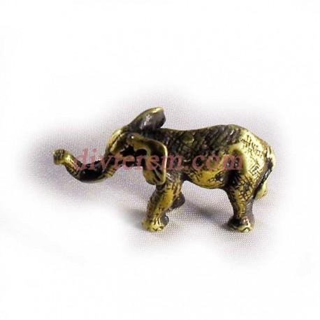 Статуэтка амулет,Слон с приподнятым хоботом  ,50-25-20мм ,бронза