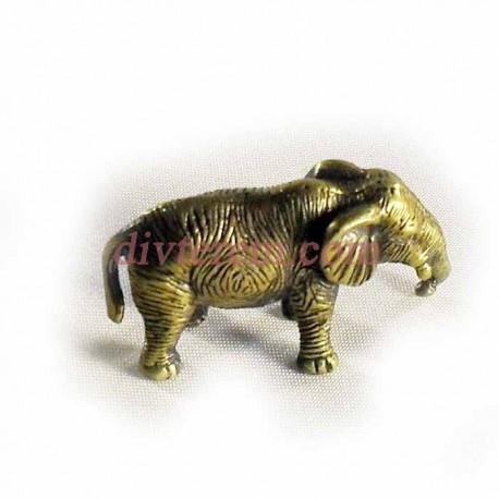 Статуэтка амулет,Слон с опущеным хоботом  ,45-25-20 ,бронза