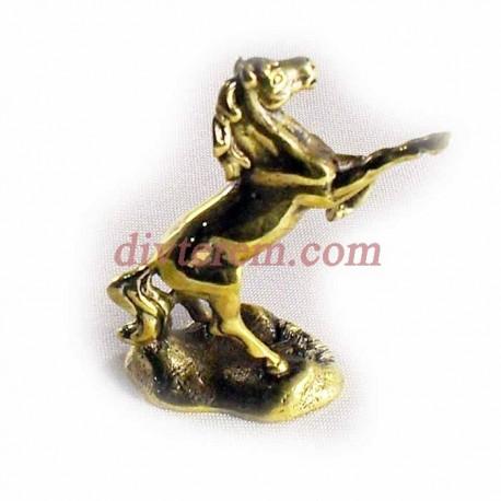Статуэтка амулет,Конь на дыбах,55-40-20мм ,бронза