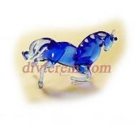 Миниатюра,Припавший конь  ,стекло 15х15мм
